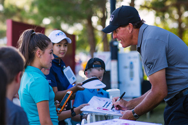 Phil Mickelson signing autographs